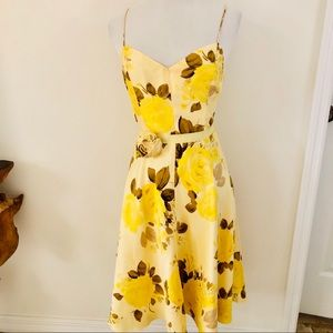 Banana Republic yellow floral 100% silk  dress 2